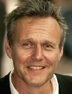 Anthony Stewart Head- Seriesaddict